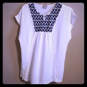 Ariat rayon short sleeve embroidered top